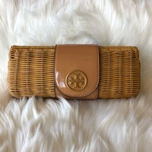 🐚 nwt | Tory Burch | Carmello rattan clutch